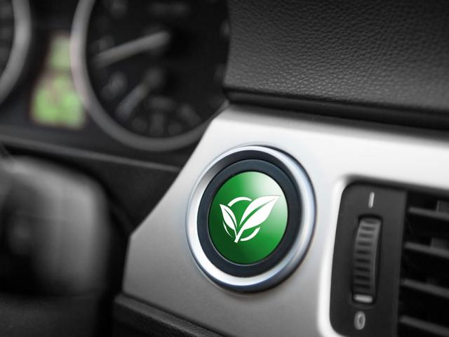 Japanese-automakers-Toyota-and-Mazda-are-considering-a-comprehensive-tie-up-in-environmentally-friendly-technology-Photo-AFP