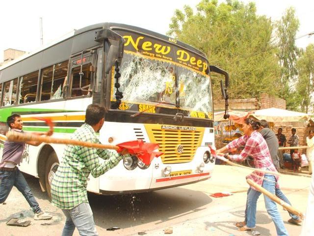 Students-vandalising-a-bus-in-Faridkot-HT-Photo