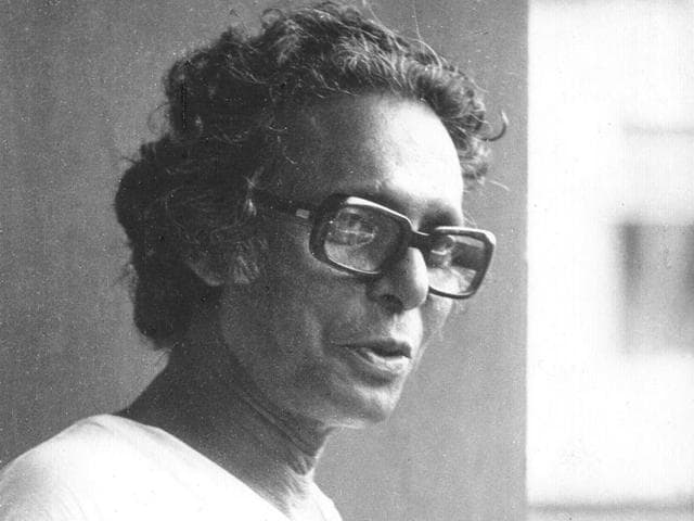 Mrinal-Sen-one-of-the-pioneers-of-Indian-cinema-turns-92-on-May-14-2015-HT-Photo