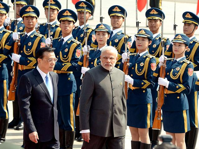 Narendra-Modi-addresses-Indian-community-at-a-reception-in-Shanghai