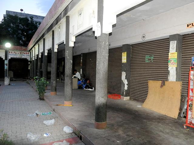 The-booths-in-Sector-51-which-the-Chandigarh-Housing-Board-plans-to-give-on-rent-Sanjeev-Sharma-HT-Photo