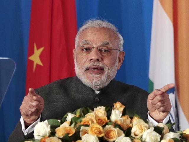 Modi-attends-the-India-China-Business-Forum-in-Shanghai