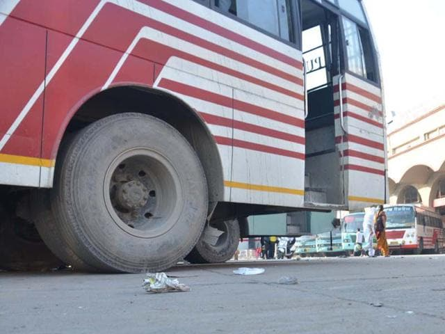 Private-buses-remain-parked-at-the-bus-stand-as-service-remained-suspended-due-to-protest-call-by-bus-operators-on-Saturday-Sameer-Sehgal-HT