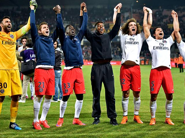 Paris-Saint-Germain-s-players-celebrate-winning-the-French-Ligue-1-title-at-La-Mosson-Stadium-in-Montpellier-AFP-PHOTO