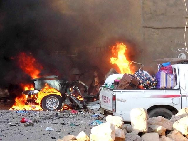 A-car-is-engulfed-by-flames-during-clashes-in-the-city-of-Ramadi-May-16-2015-REUTERS