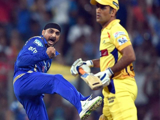 Harbhajan-Singh-dismissed-Suresh-Raina-and-MS-Dhoni-off-successive-balls-in-the-11th-over-to-jolt-CSK-He-could-have-had-Dwayne-Bravo-too-in-the-same-over-but-failed-to-effect-a-relatively-simple-caught-and-bowled-PTI-Photo