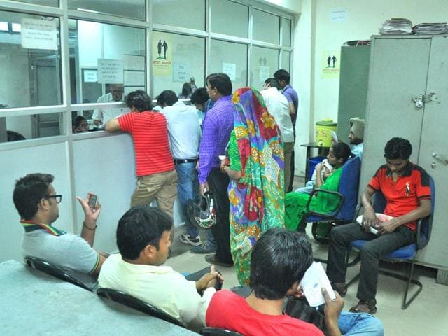 Residents-at-Common-Service-Centre-of-the-Municipal-Corporation-in-Panchkula-Sant-Arora-HT-Photo