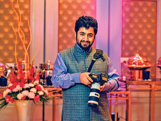 Tarun-Chawla-has-so-far-shot-nearly-220-weddings-across-religions-and-communities-He-has-also-covered-over-10-weddings-outside-India-which-he-considers-to-be-among-the-best-assignments-in-his-portfolio