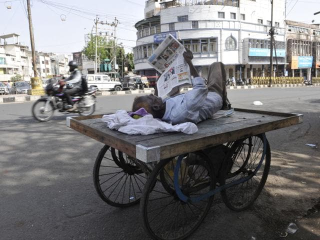 Extreme-heat-conditions-returned-especially-in-the-Malwa-Nimad-region-where-hot-north-westerly-winds-blew-in-from-the-Rajasthan-Gujarat-border--HT-photo