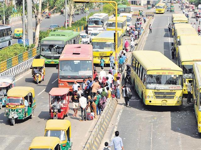 Noida,buses,unclog Noida