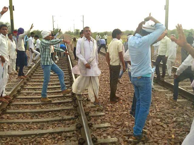 Members-of-Gujjar-community-had-blocked-railway-tracks-in-Bharatpur-Rajasthan-HT-Photo