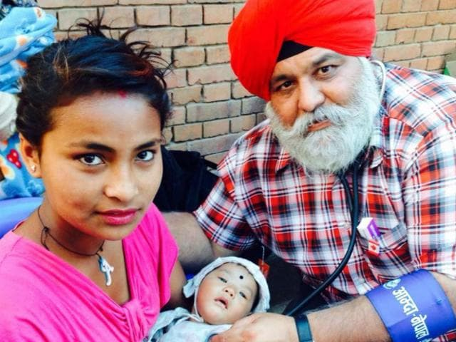 Sikh doctor,Nepal earthquake,Pargat Singh Bhurji
