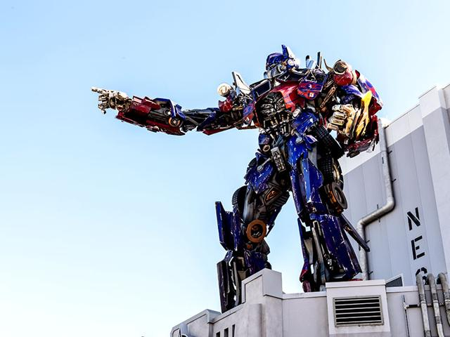 Writers-have-been-assembled-for-the-shared-Transformers-universe-Shutterstock