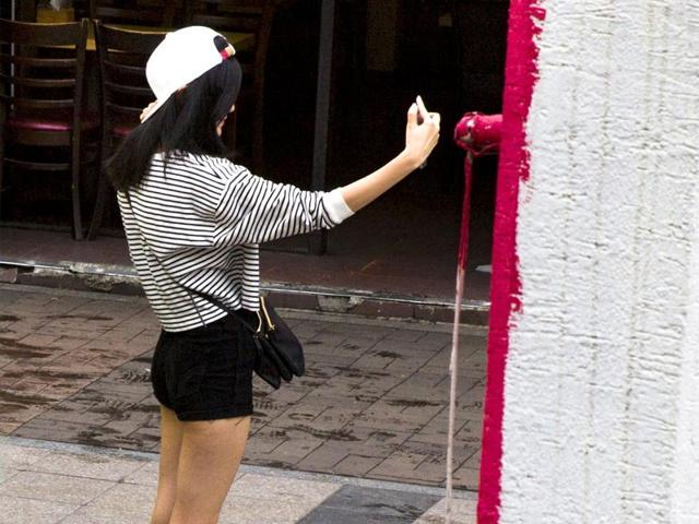 The-trend-for-posting-selfie-photographs-online-led-by-celebrities-has-prompted-risky-behaviour-worldwide-Representative-image