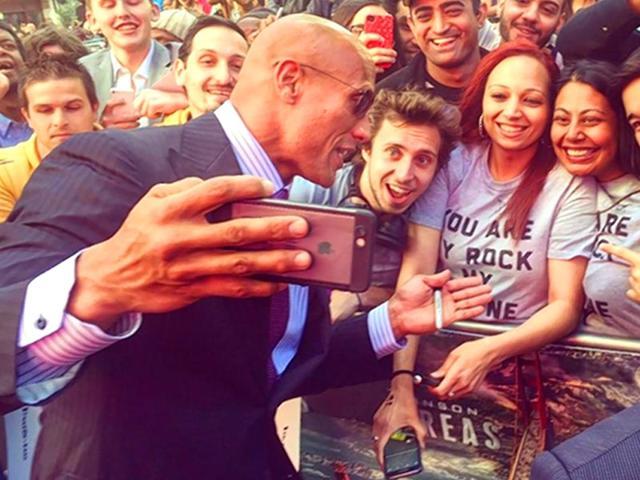 the rock,dwayne johnson,selfies
