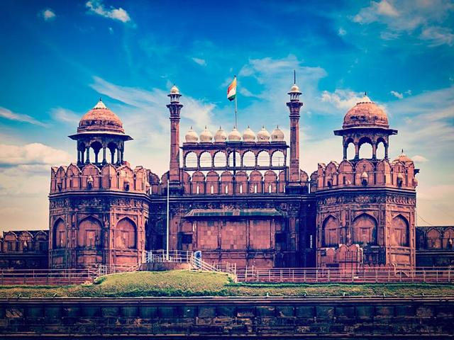 A-unique-interplay-of-verse-and-drawings-will-bring-the-spirit-of-Delhi-s-landmark-sites-old-and-new-including-the-majestic-Lal-Qila-to-Italians-in-a-unique-exhibition-set-to-begin-in-Rome-early-June-Shutterstock