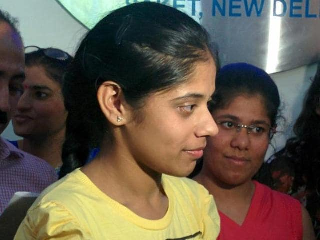 M-Gayatri-of-New-Green-Field-School-in-Saket-Delhi-has-scored-the-highest-marks-in-the-CBSE-Class-12-exams-in-2015-HT-photo