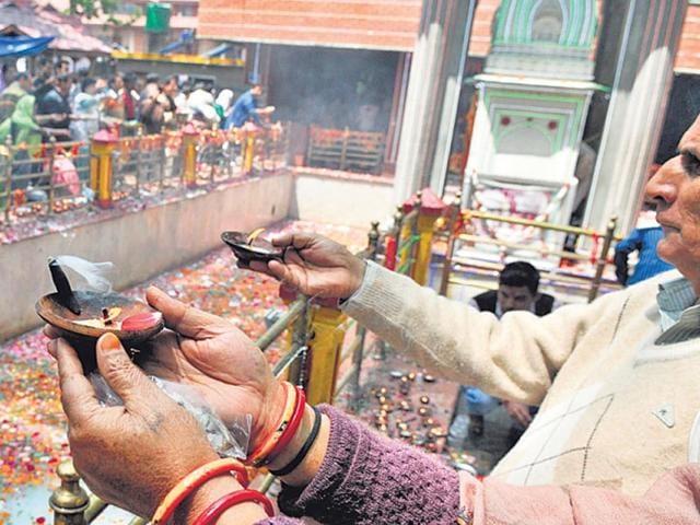 The-Kheer-Bhawani-Mela-is-celebrated-with-fervour-HT-photo