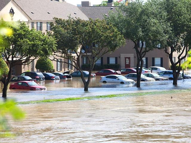 Texas storms,Record storms,28 dead