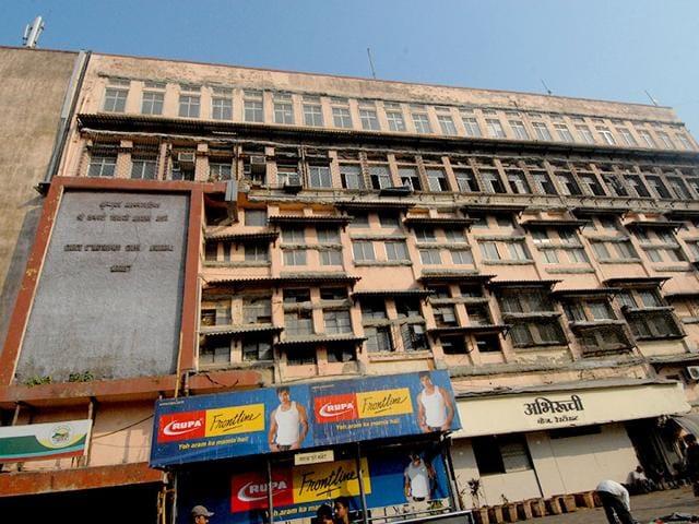 Shivaji market,Dangerous structures in Mumbai,demolition of Shivaji market