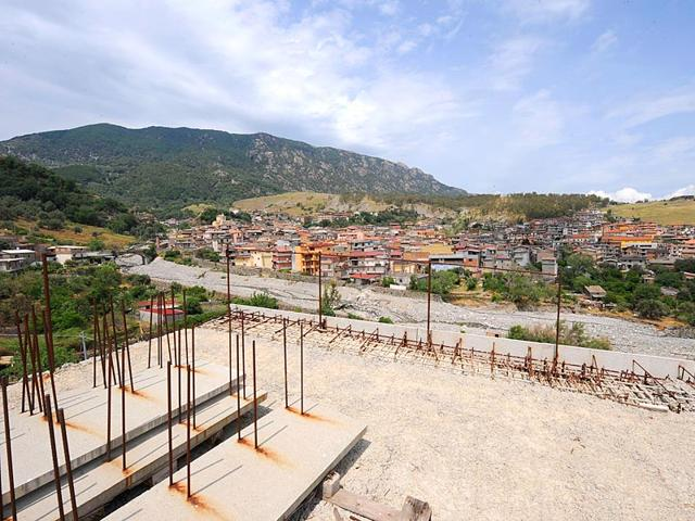 A-view-of-Plati-near-Reggio-southern-Italy-No-candidate-will-dare-to-run-for-mayor-in-this-Ndrangheta-mafia-stronghold-AFP