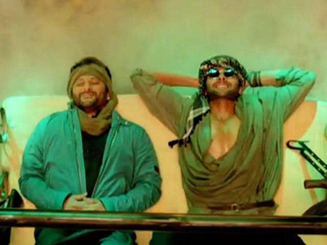 Arshad-Warsi-and-Jackky-Bhagnani-in-Welcome-To-Karachi