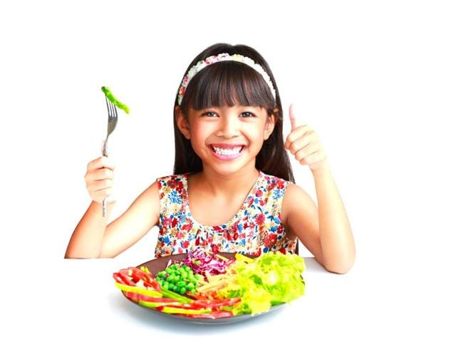 Negative-messages-work-best-on-experts-such-as-dieticians-and-doctors-but-not-kids-Explaining-the-benefits-to-them-like-a-grown-up-really-works-Shutterstock