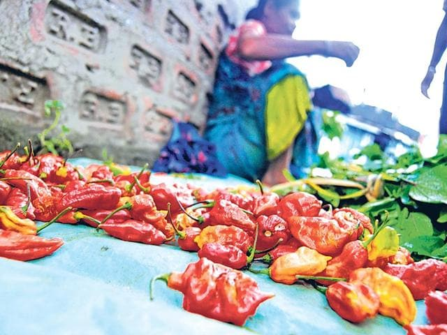 You-can-choose-from-over-10-varieties-of-chillies-at-Mirchi-Galli-at-Crawford-Market