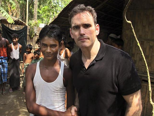 American-actor-Matt-Dillon-met-Noor-Alam-a-17-year-old-Rohingya-survivor-of-human-trafficking-at-Thetkabyin-village-in-the-western-state-of-Rakhine-Myanmar-AP-Photo-Robin-McDowell