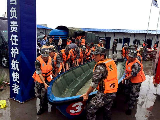 China ship capsize: Toll rises to 65, families demand answers