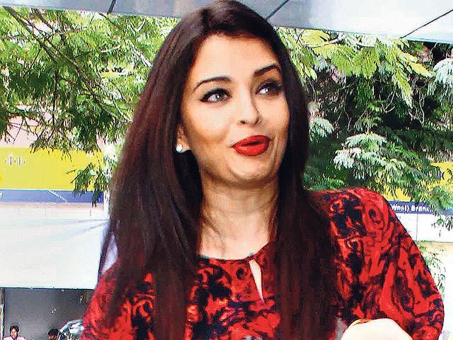 Aishwarya Rai Bachchan to play Sarabjit Singh's sister in biopic