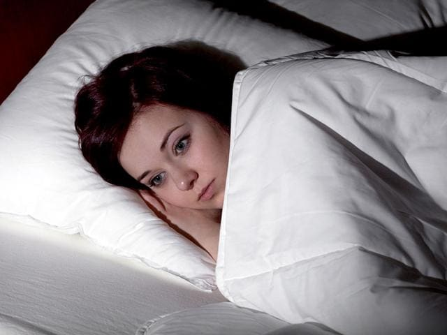 Keeping-a-sleep-diary-and-using-cognitive-control-and-imagery-to-concentrate-on-other-things-can-help-cure-insomnia-Shutterstock