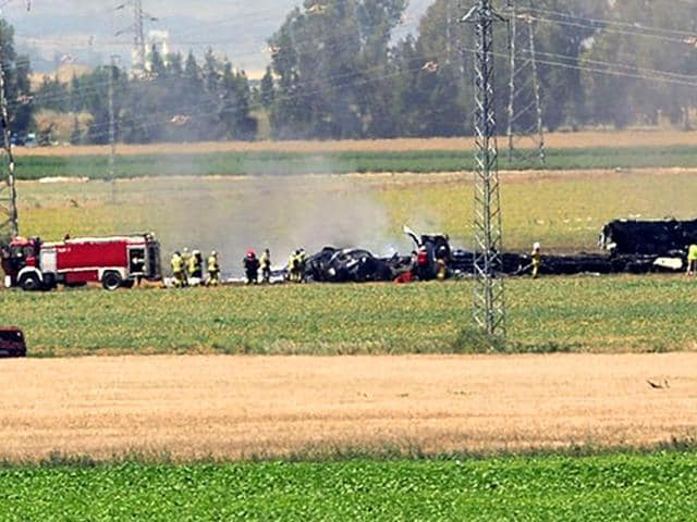 Wreckage-of-a-Airbus-A400M-military-transport-plane-after-crashing-near-Sevilla-Spain-on-May-AFP-Photo
