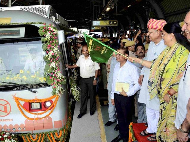 CM Vasundhara Raje flags off Jaipur Metro, takes a ride too