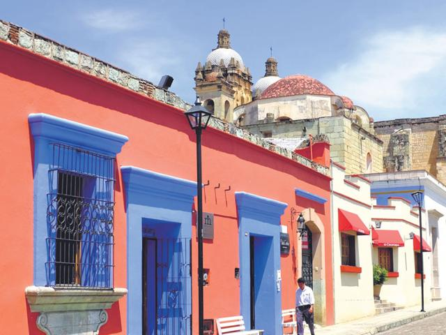 Oaxaca-pronounced-wa-ha-ca-an-hour-s-flight-south-east-of-Mexico-City-is-a-laid-back-town-with-wide-streets-and-colourful-Colonial-facades-and-baroque-churches