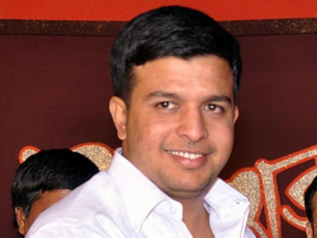 Kulgaon-Badlapur-police-has-formed-four-teams-to-search-the-absconding-NCP-Corporator-Ashish-Damle-Photo-Rishikesh-Choudhary