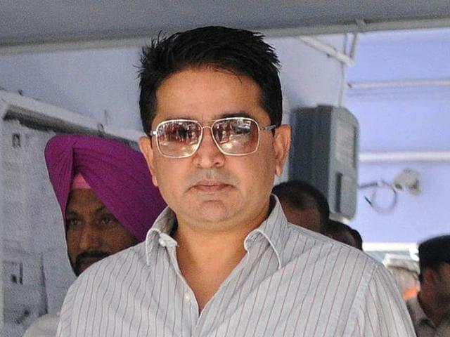 Chandigarh,Punjab government,Gautam Cheema