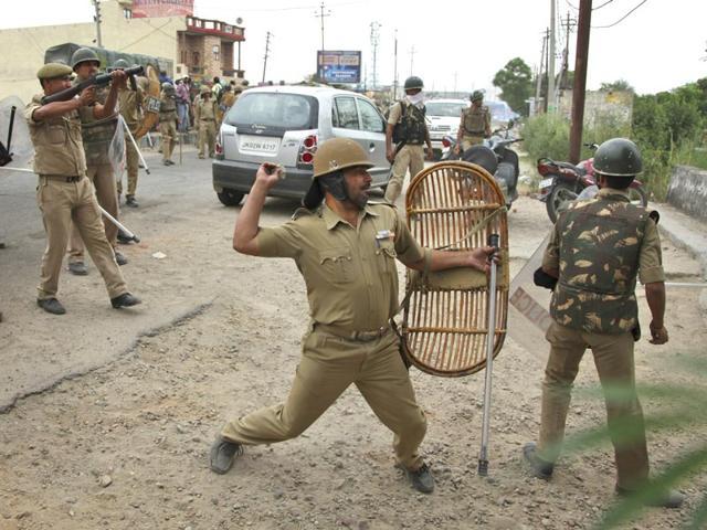 Jammu,Jammu tense,Sikh protests