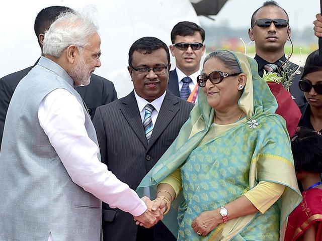 PM Modi begins 'historic' Dhaka visit, thanks Sheikh Hasina for warm welcome
