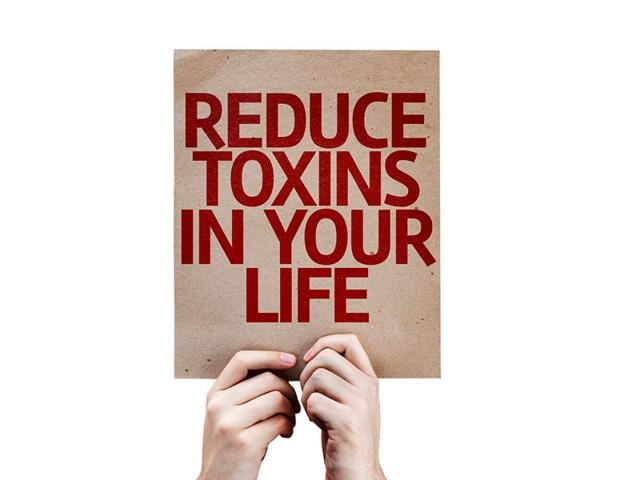 India-releases-an-estimated-8656-55-gTEQ-dioxins-furans-with-waste-incinerators-contributing-to-66-7-of-total-dioxins-released-shows-a-report-by-the-green-NGO-Toxics-Link-Shutterstock