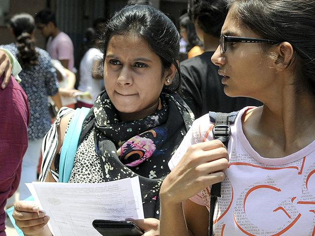 A-view-of-long-queue-of-students-for-application-form-at-the-Gargi-College-in-New-Delhi--Photo-by-Arun-Sharma-HT-file-photo