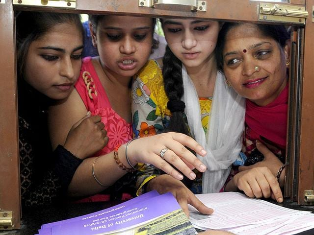 The-Offline-admission-process-for-the-new-academic-session-begins-at-the-Delhi-University-North-Campus-in-New-Delhi-on-Friday-Photo-by-Sushil-Kumar-Hindustan-Times