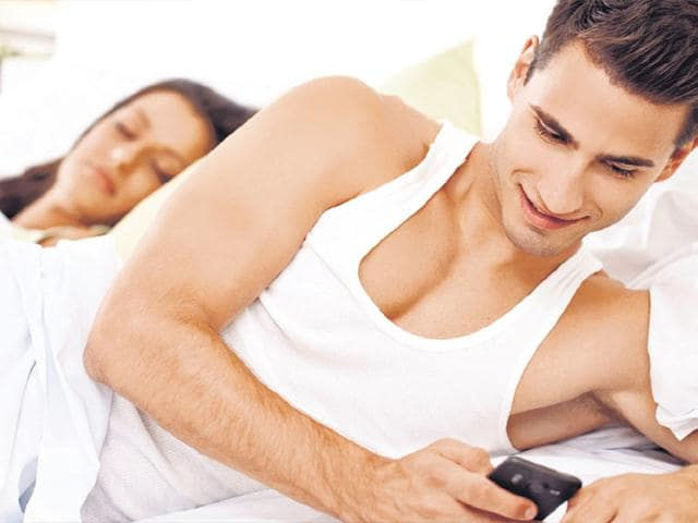 Unnecessary-secrecy-about-their-phone-or-laptop-is-a-positive-sign-that-your-partner-is-cheating-Shutterstock