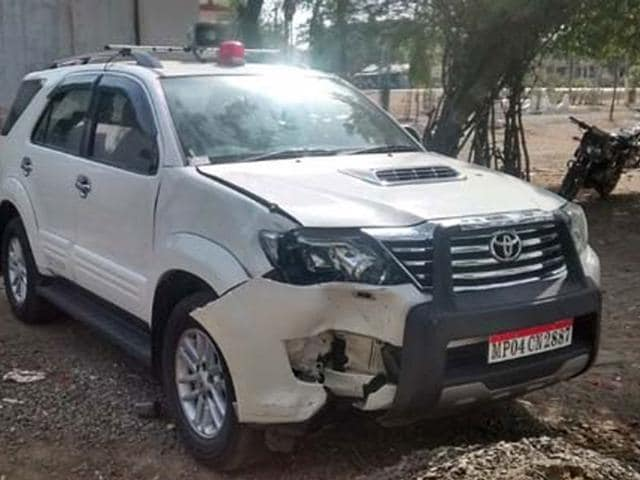 Panchayat Minister Gopal Bhargava,hit,motorcycle-borne youth