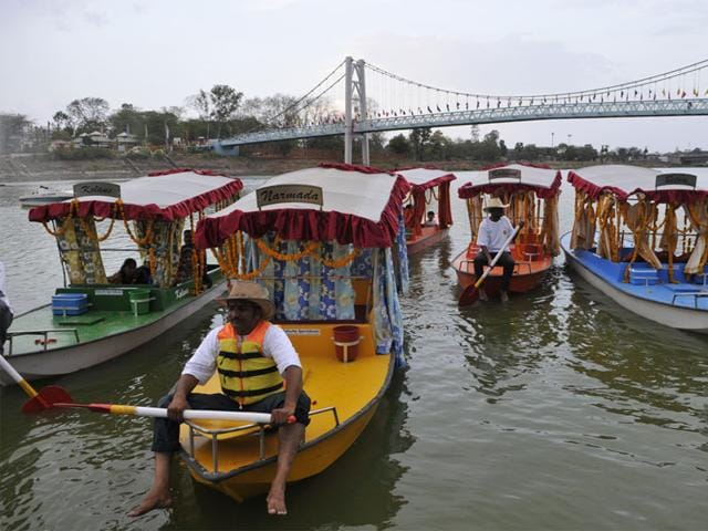 The-Tourism-department-has-initiated-shikara-rides-in-Upper-Lake-in-Bhopal-HT-photo