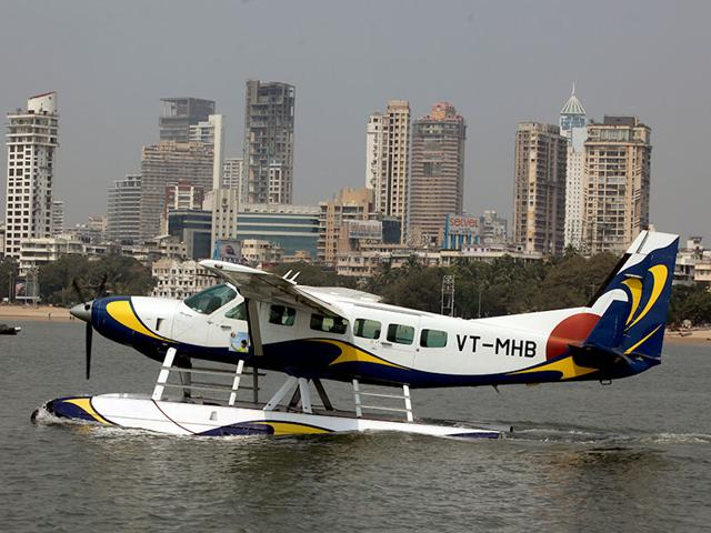 The-seaplane-services-will-be-operated-with-a-Cessna-208A-amphibian-aircraft-which-is-capable-of-both-runway-and-water-operations-in-the-course-of-the-same-flight-HT-photo-Kunal-Patil