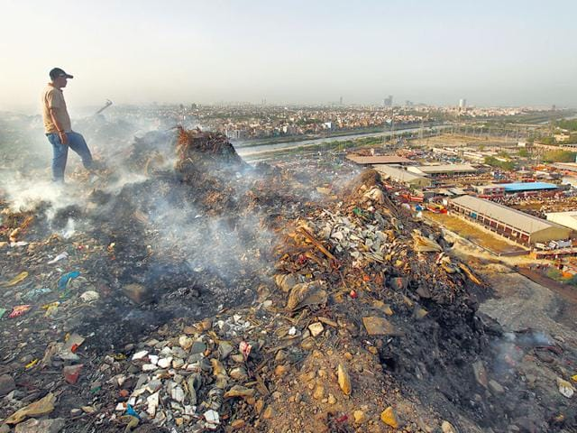 The-Ghazipur-sanitary-landfill-site-still-continues-to-cater-to-the-entire-waste-load-of-East-Delhi-and-is-a-menace-Virendra-Gosain-HT-Photo