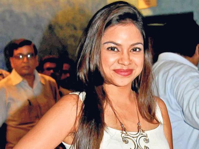 Sumona Chakravarti,Comdey Nights With Kapil,Kapil Sharma On-screen Wife