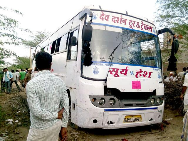 Sixteen-people-were-electrocuted-as-a-high-tension-wire-fell-on-a-bus-in-Rajasthan-s-Tonk-HT-Photo