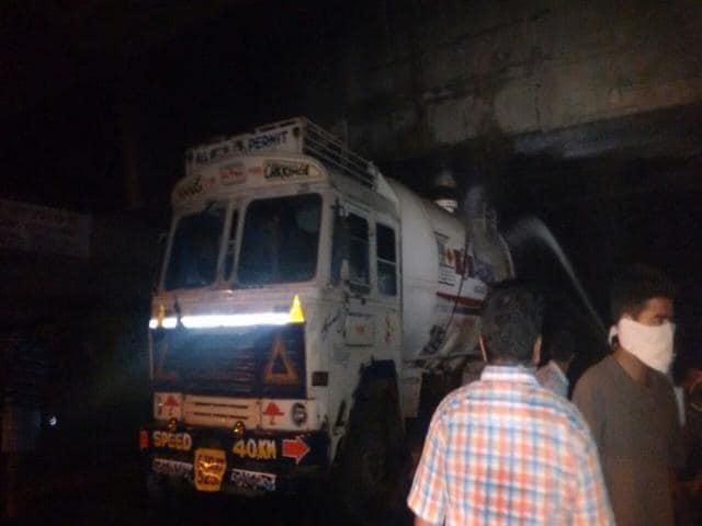 An-ammonia-gas-tanker-leaked-early-on-Saturday-near-Ludhiana-killing-six-people-HT-Photo